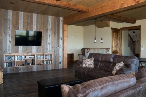 Rec Room DIY Barnwood TV Wall