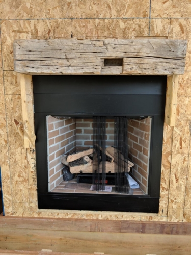 Outdoor Fireplace with Mantel
