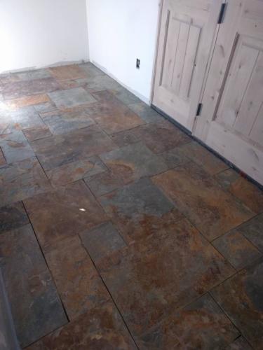 Main Entry Natural Slate Tile