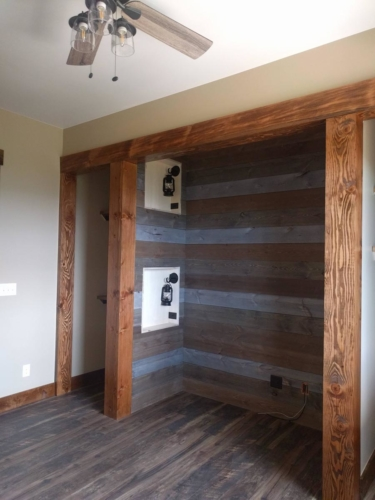 Bunk Room Barnwood, Stained Timbers, and Paint